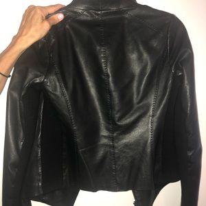 Vince Jackets & Coats - Vince Black Leather Jacket Size XS WORN 4 TIMES